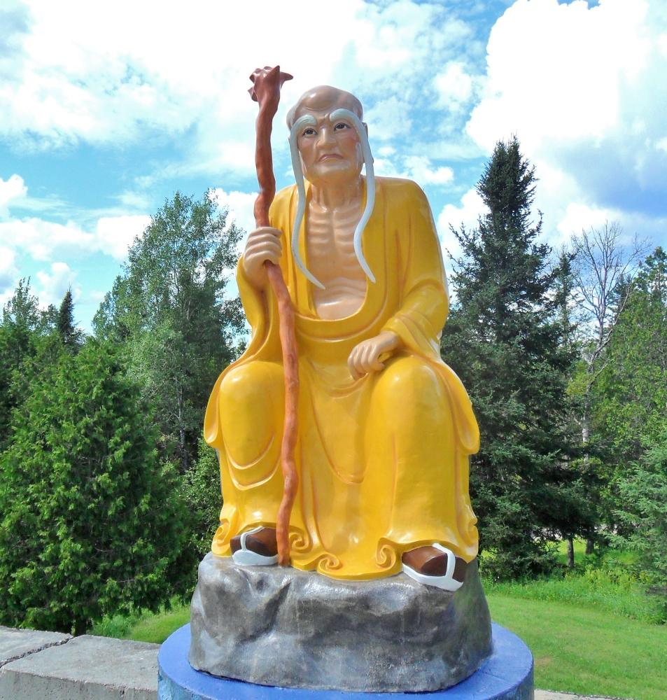 Monastere Bouddhiste Tam Bao Son (1/3)